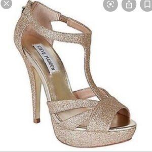 Steve Madden Gold Glitter 'Harlow' Size 7